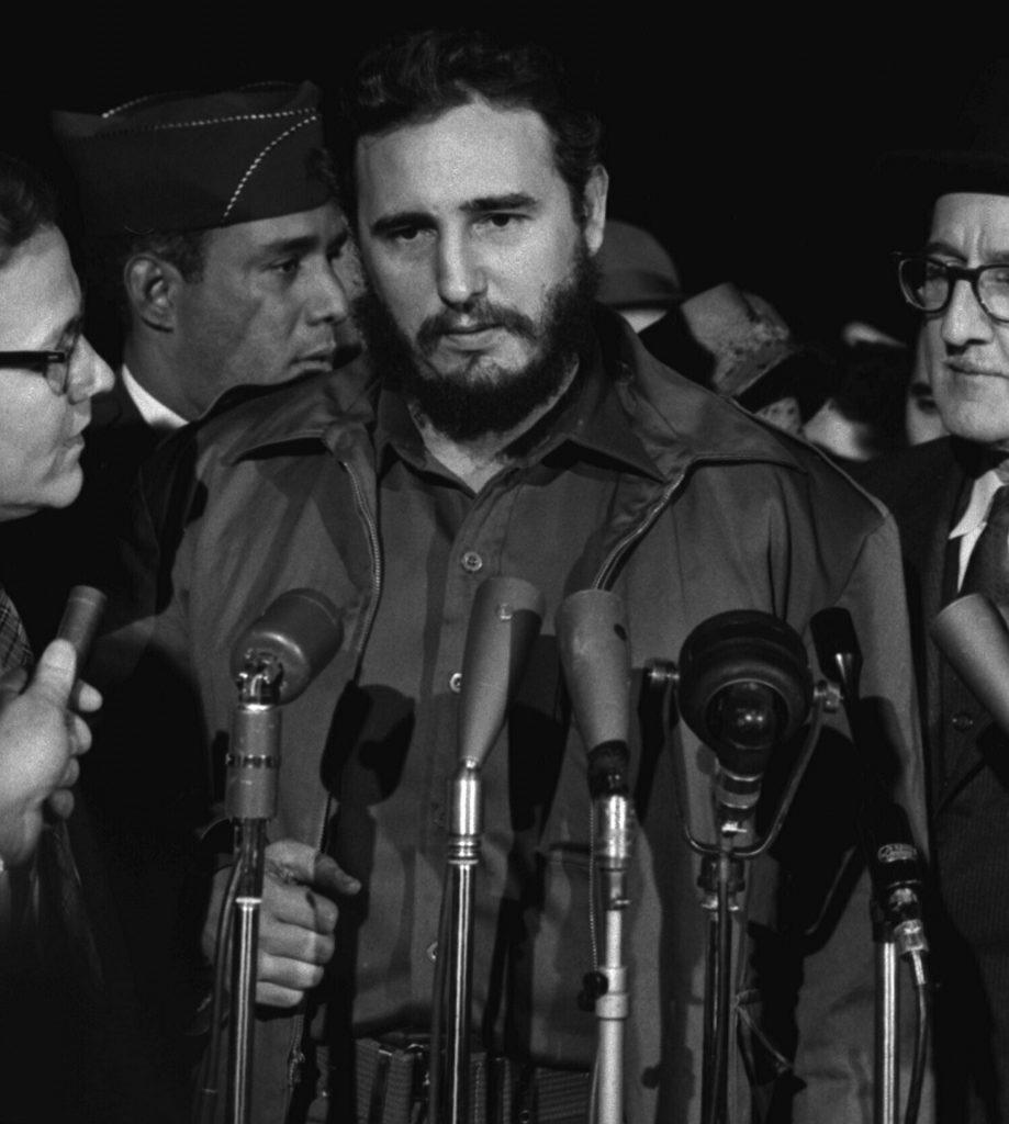 Fidel Castro, der von 1959 - 1961 Kuba in einen totalitären kommunistischen Staat umwandelte.